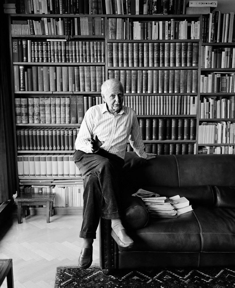 الشاعر الألماني الكبير هانز ماغنوس إنتسنسبرغر