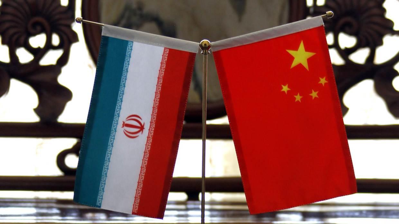 الصين ترد على بومبيو..وظريف يسخر منه