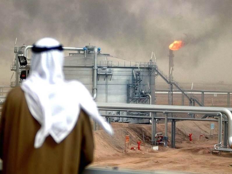 هوت قيمة صادرات النفط السعوديّة إلى 40 مليار دولار (رويترز)