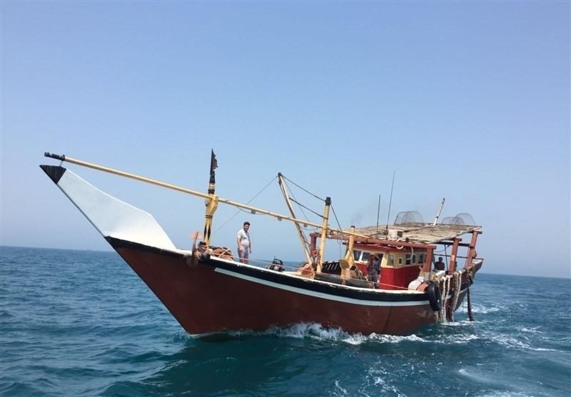 قائد قوات خفر السواحل الإيراني بمحافظة بوشهر: لم يتم الإبلاغ عن وقوع إصابات حتى الآن