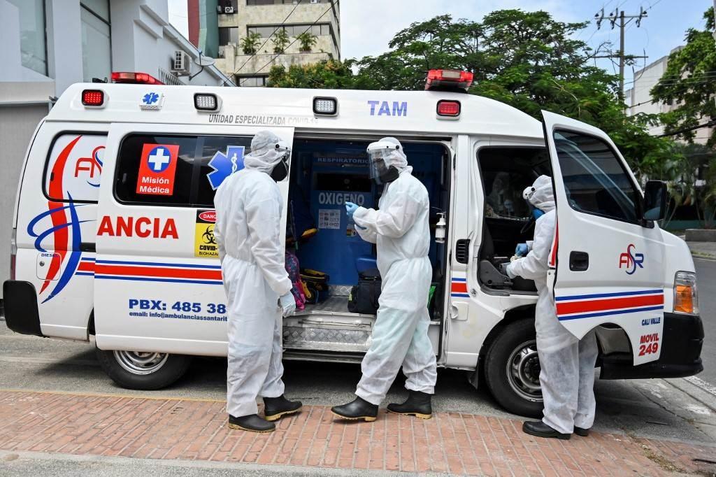 تشهد بعض الدول طفرات جديدة في انتشار العدوى دفعت السلطات لإعادة فرض قيود العزل العام