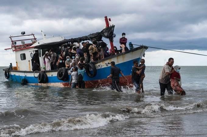 الآلاف من سكان القرى فرّوا من بيوتهم في ولاية راخين بميانمار