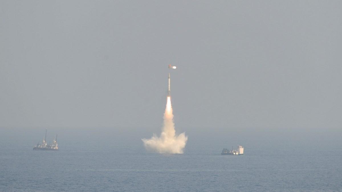 نفذت البحرية الهندية تجربتين ناجحتين غير مسبوقتين
