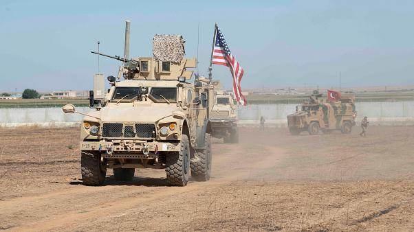لن ينسحب الأميركيون من سوريا قبل انسحابهم من العراق.. الأسباب والمعطيات