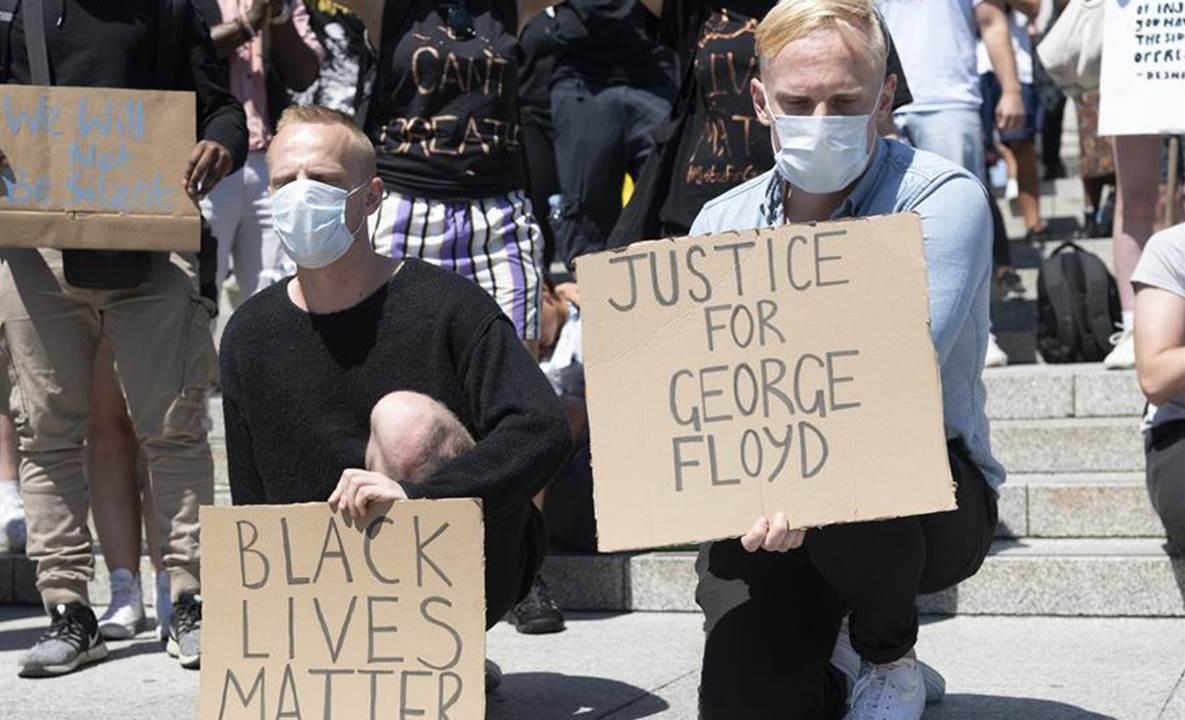 احتجاجات في بريطانيا.. وغضب عالمي لمقتل فلويد