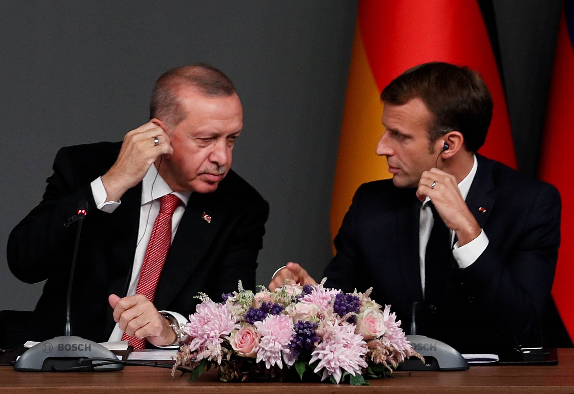 تتهم تركيا فرنسا بـ