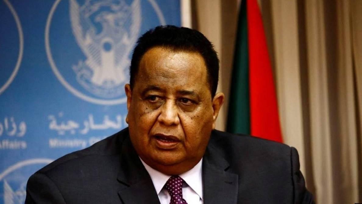 السلطات في السودان اعتقلت وزير الخارجية السابق إبرهيم الغندور