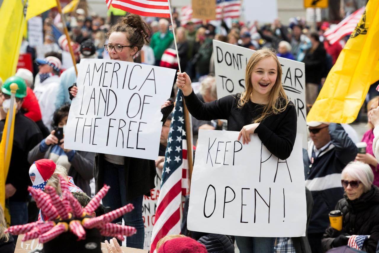 عمدة واشنطن تطالب بسحب الجيش.. ووزير العدل: الاحتجاجات استُغلت