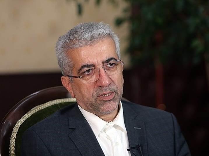 إيران توقع عقداً لتصدير الكهرباء للعراق