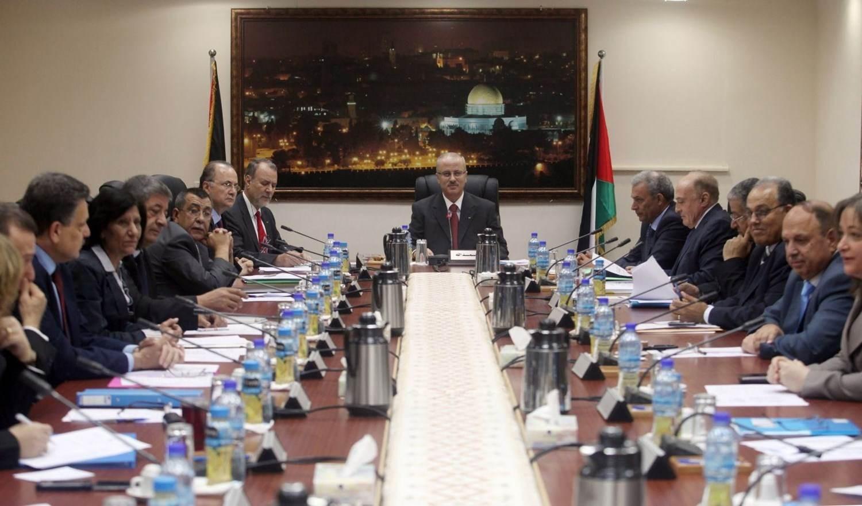 الحكومة الفلسطينية تعلن رفضها الابتزاز الإسرائيلي