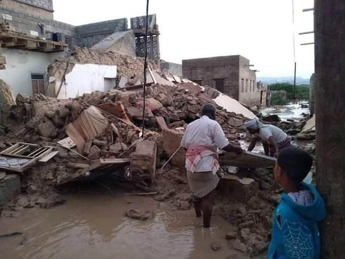 مقتل 11 شخصاً بفياضانات وسيول في حضرموت باليمن