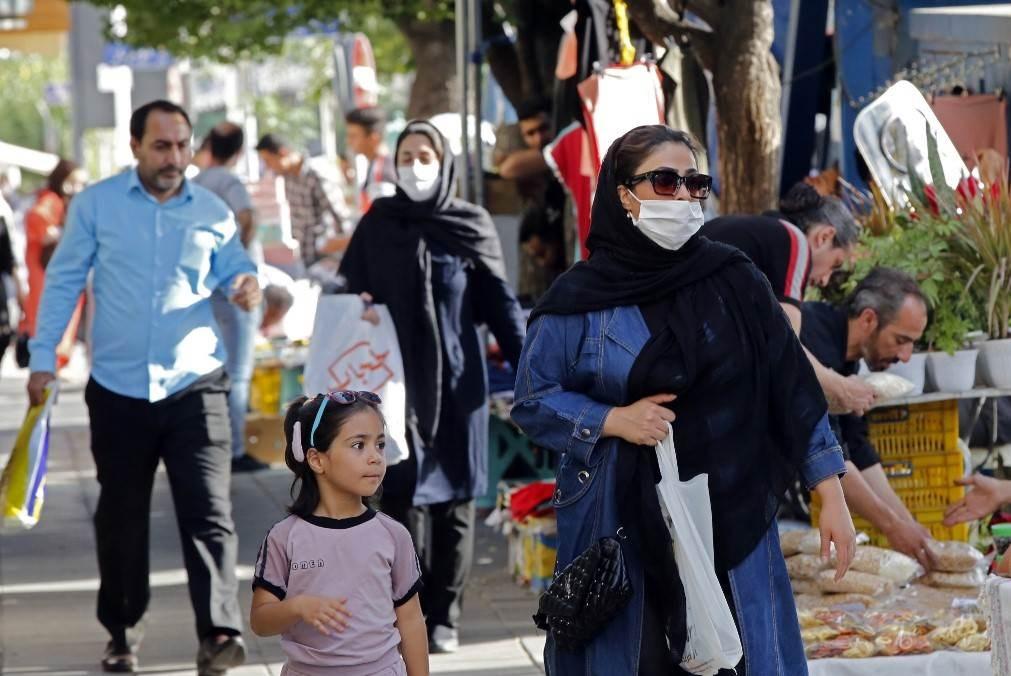 إيران تخصّص 1200 مركز للكشف عن كورونا وإجمالي الإصابات نحو 170 ألفاً