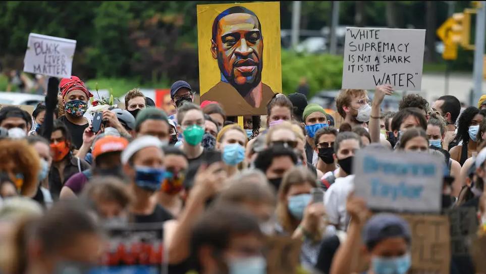 أميركا تستعد لتظاهرات في نهاية الأسبوع وغضب إزاء انتهاكات جديدة