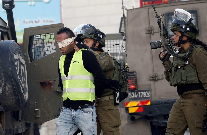 الاحتلال يعتقل 22 مواطناً من الضفة بينهم طلبة في الثانوية العامة