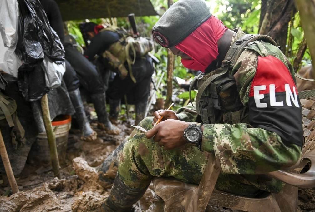 جيش التحرير الوطني الكولومبي:  لمواجهة دخول الجيش الأميركي إلى البلاد