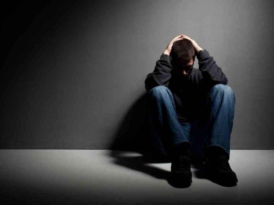 """دراسة: التفكير السلبي سبب لظهور مرض """"الزهايمر"""""""