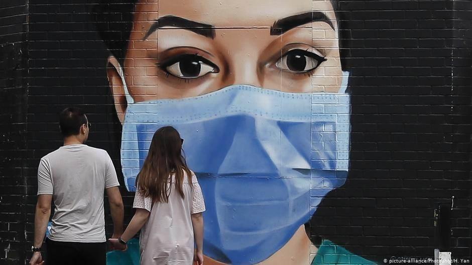 """""""الصحة العالمية"""": العدوى بكورونا من أشخاص لا تظهر عليهم أعراض أمر نادر الحدوث"""