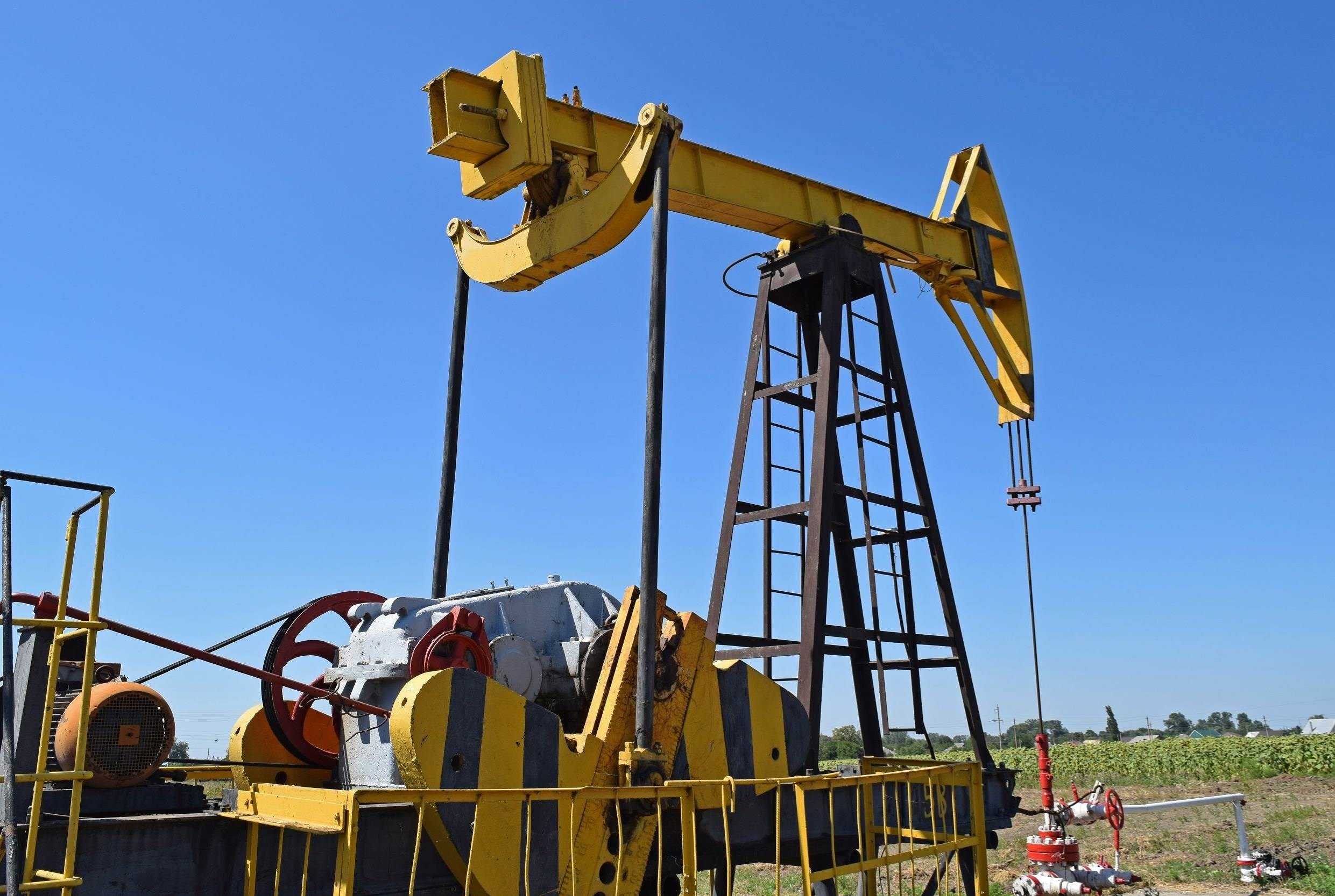 إدارة معلومات الطاقة: هبوط أكبر في إنتاج واستهلاك النفط في أميركا