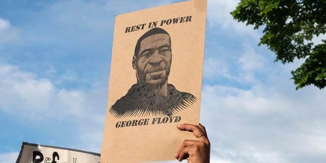 فيديو جديد يكشف لحظات ما قبل اعتقال وخنق جورج فلويد