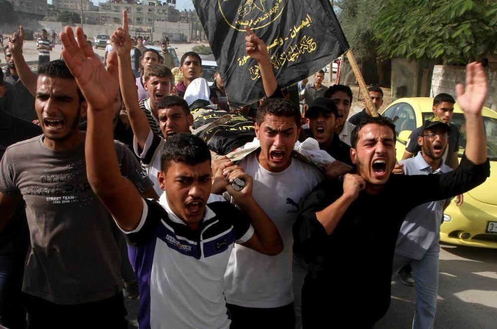 جيش الاحتلال ومستوطنيه أطلقوا الرصاص بطريقةٍ عشوائيّةٍ ما أدّى الى استشهاد أبو يعقوب