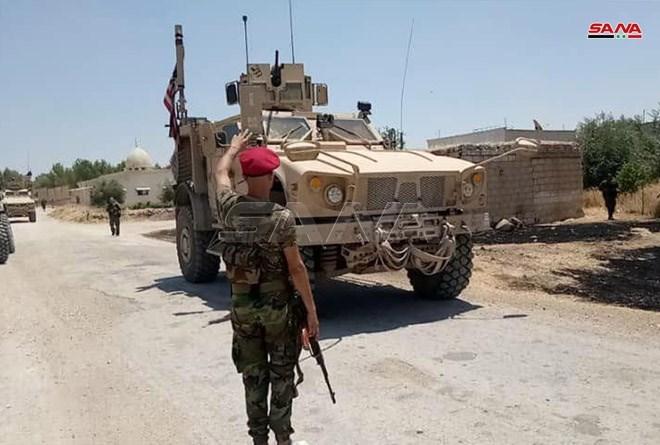 الجيش السوري يعترض عربات عسكرية أميركية في ريف الحسكة