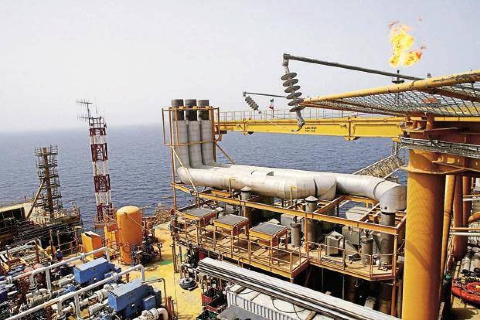 إيران تسعى لدخول السوق بقوة واستعادة حصتها السوقية من النفط