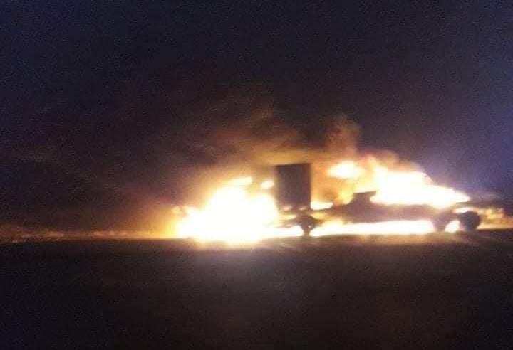 العراق: إحراق 3 شاحنات تحمل معدات للقوات الأميركية