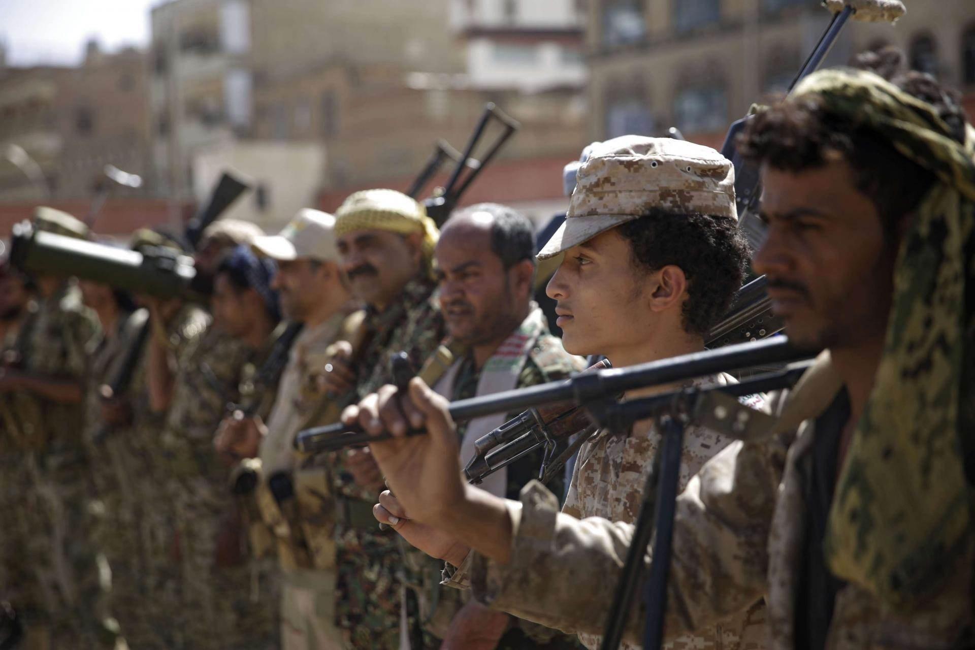 الحاكم: القوات المسلحة اليمنية باتت على مشارف مأرب