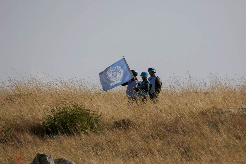 قوات لليونيفيل في بلدة العديسة اللبنانيّة على الحدود مع فلسطين المحتلة خلال حزيران/يونيو الماضي (أ.ف.ب)
