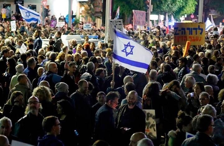 تظاهرات حاشدة في تل أبيب مطالبة باستقالة نتنياهو