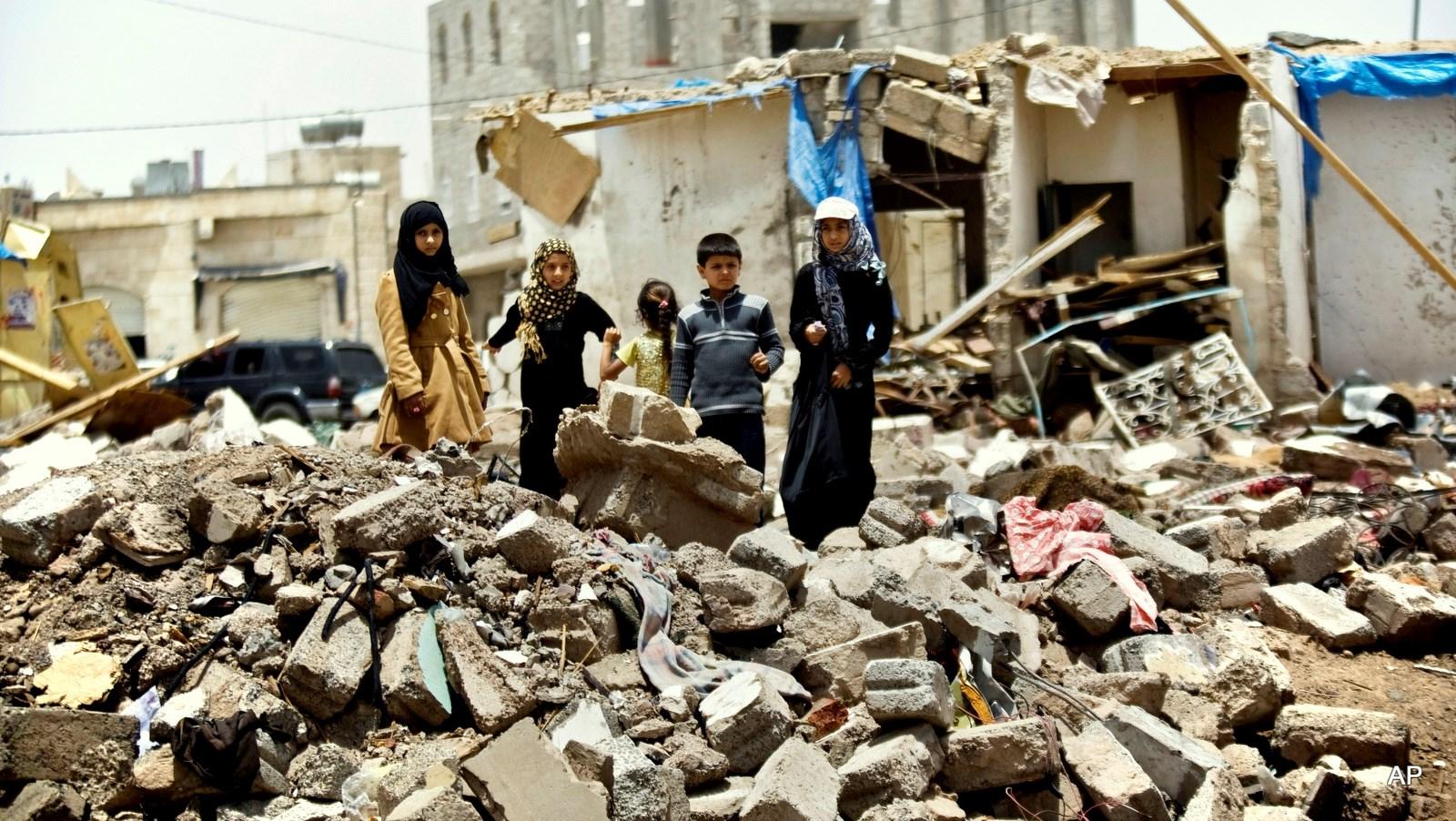 بلغ عدد الأطفال الذين قتلهم التحالف خلال 17 يونيو/حزيران - 15يوليو/تموزحوالي 12 شهيد و 20 جريح