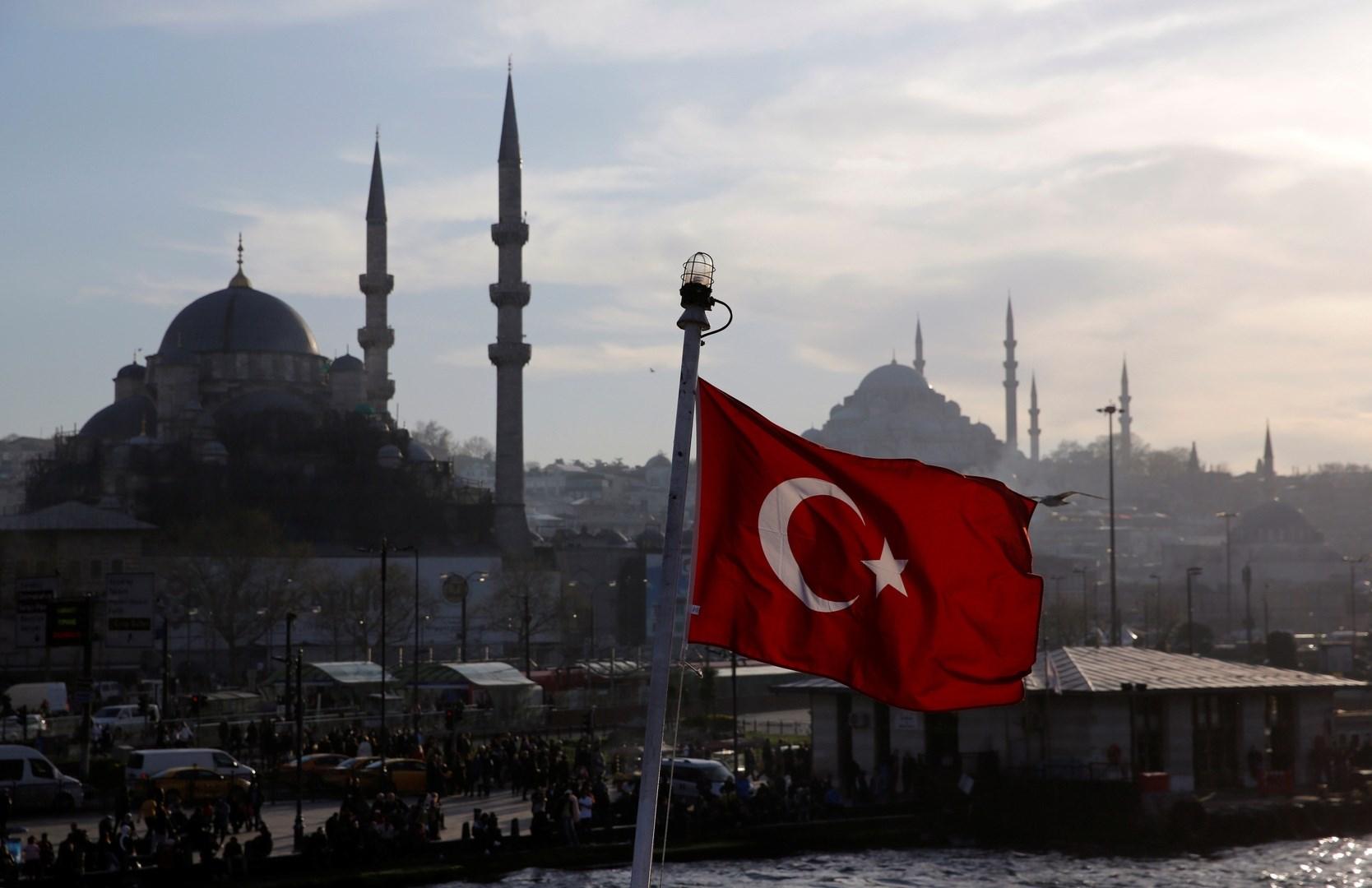 هل تتآمر تركيا مع واشنطن لعرقلة خطّ