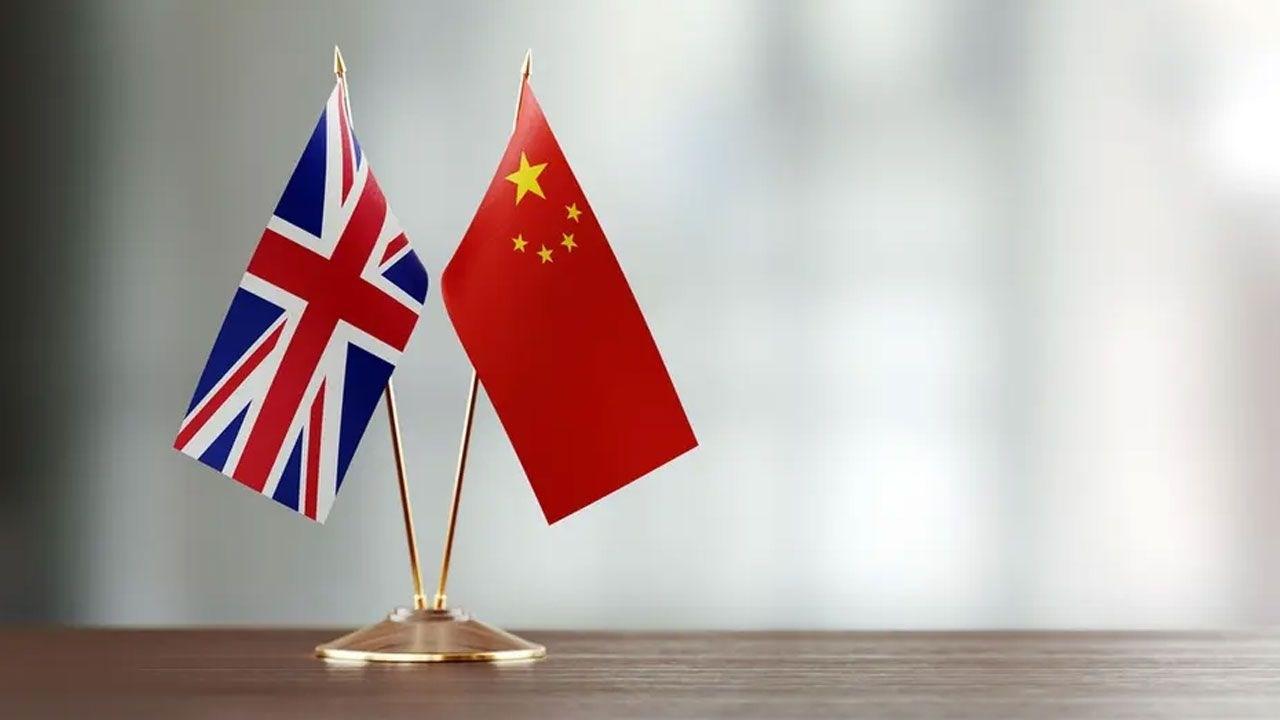 العلاقات الصينية البريطانية تشهد توتراً حاداً منذ استبعاد لندن لشركة
