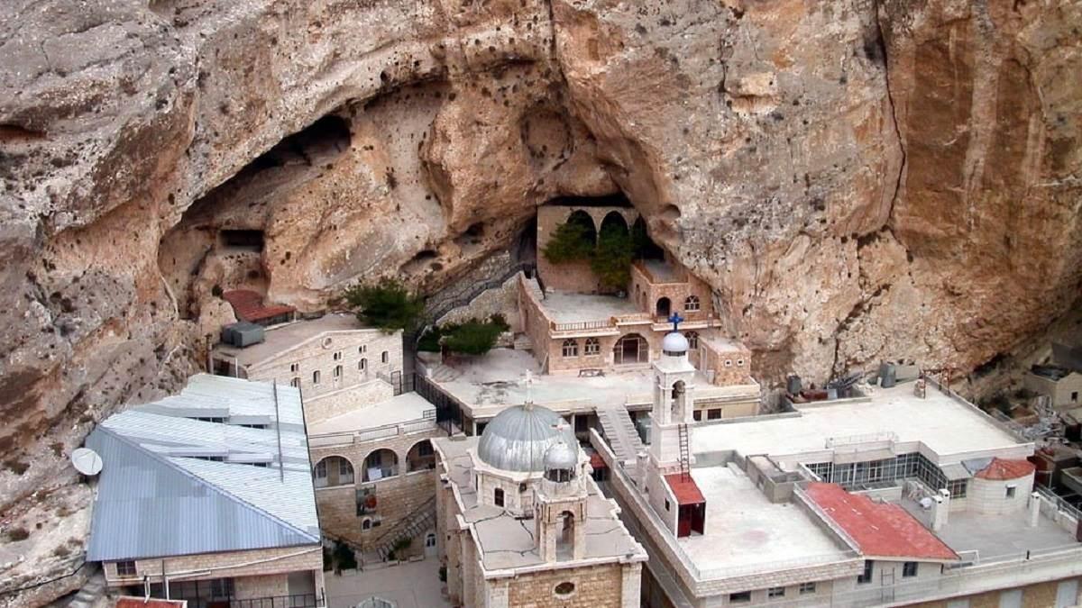 مسيحيّو الشمال السوري تعرّضوا مرة جديدة للتهجير على أيدي العصابات الإرهابية التي تشكلت لتدمير سوريا وبتمويل من دول الخليج