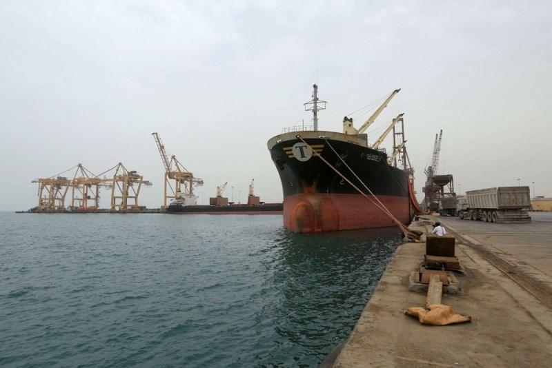 ميناء الحديدة (صورة أرشيفية)