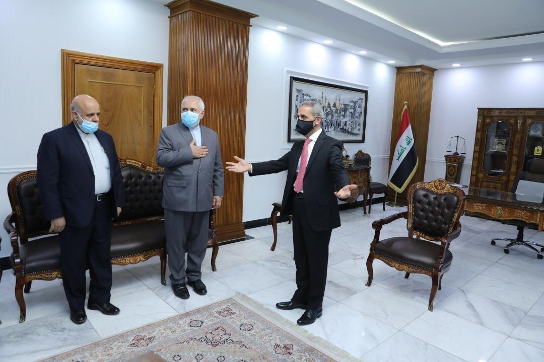 صوؤة من اللقاء الذي جمع رئيس مجلس القضاء فائق زيدان مع وزير الخارجية الإيراني محمد جواد ظريف