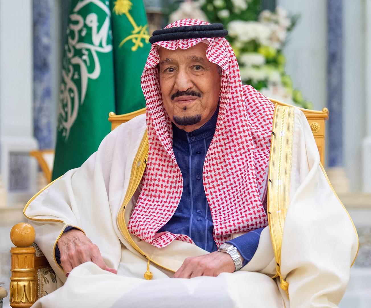 سلمان بن عبد العزيز يدخل إلى مستشفى الملك فيصل التخصصي بالرياض لإجراء بعض الفحوصات