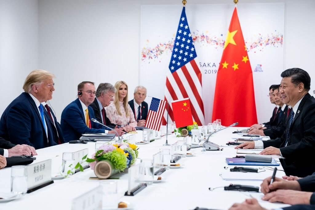 منذ وصول ترامب إلى الرئاسة وهو يشدد الضغوط التجارية والإعلامية على الصين