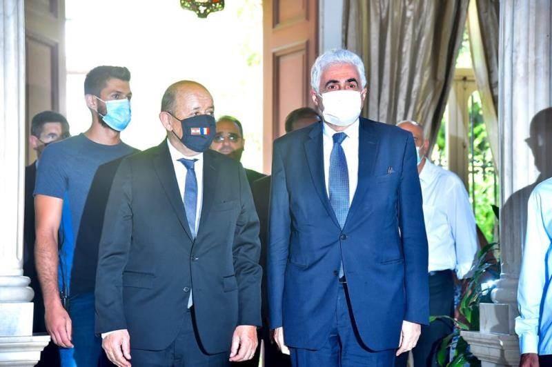 وزيرا الخارجية اللبناني والفرنسي في قصر بسترس ببيروت