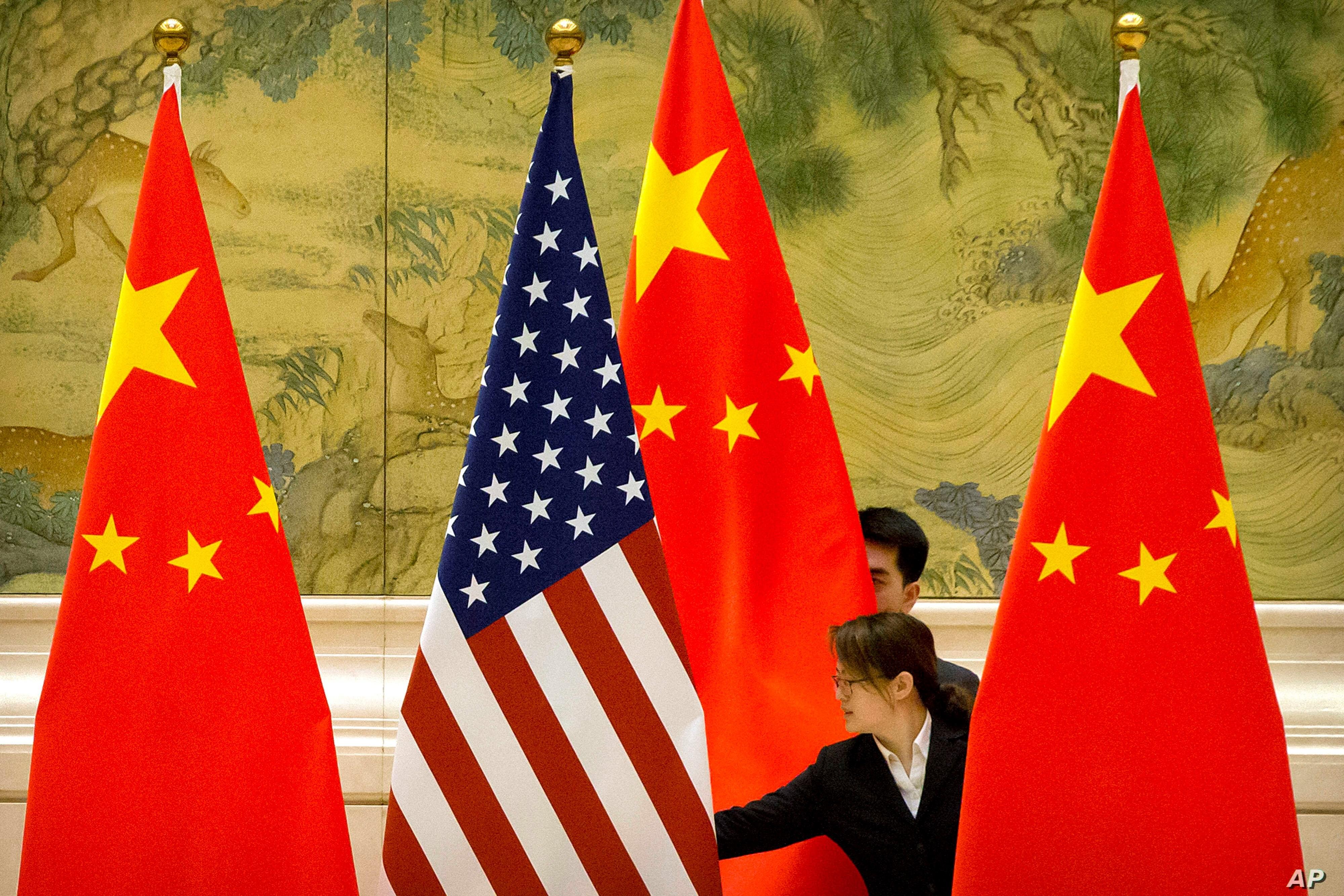 واشنطن بوست: سياسة ترامب تجاه الصين لا تملك استراتيجية باستثناء تعزيز حملة اعادة انتخابه