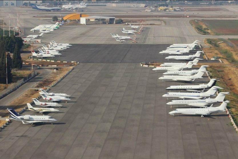 مجموعة من طائرات النقل