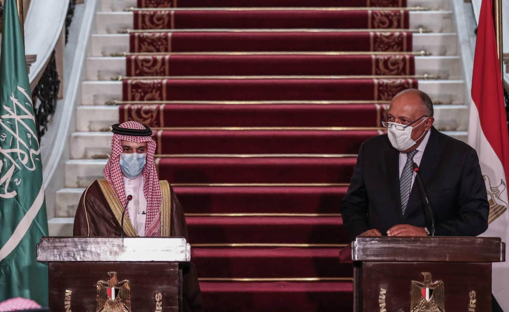 الخارجية السعودية تؤكد على موقف المملكة الثابت من أهمية الأمن الوطني المصري وإبعاد ليبيا عن التدخلات الأجنبية