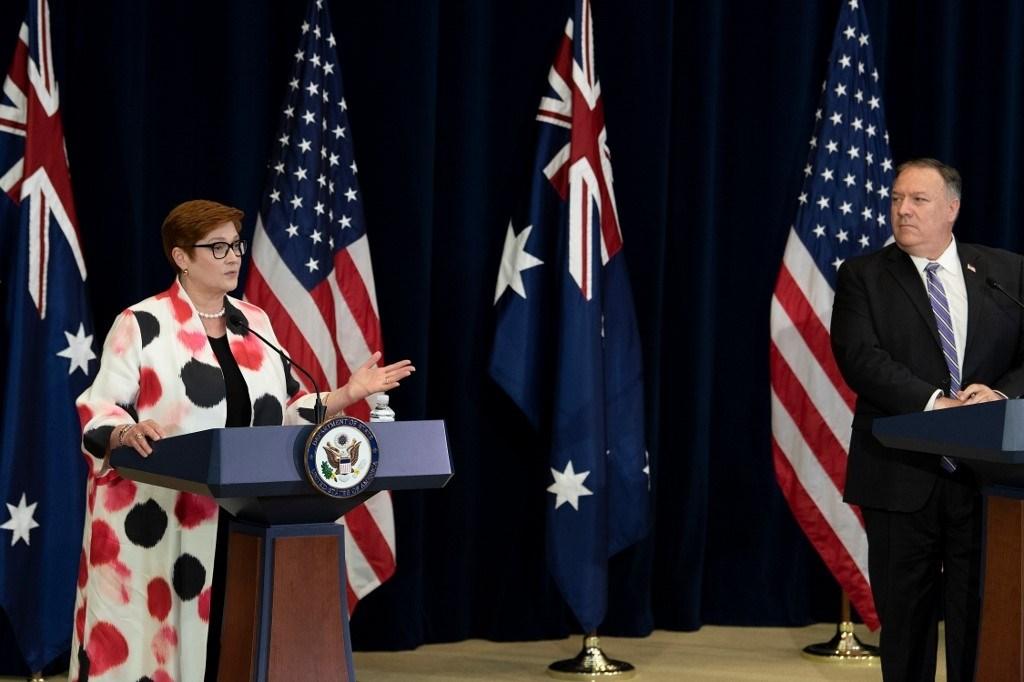 محادثات بومبو ونظيرته الأسترالية تركزت على سلوك الصين وقضايا عالمية أخرى (أ ف ب)