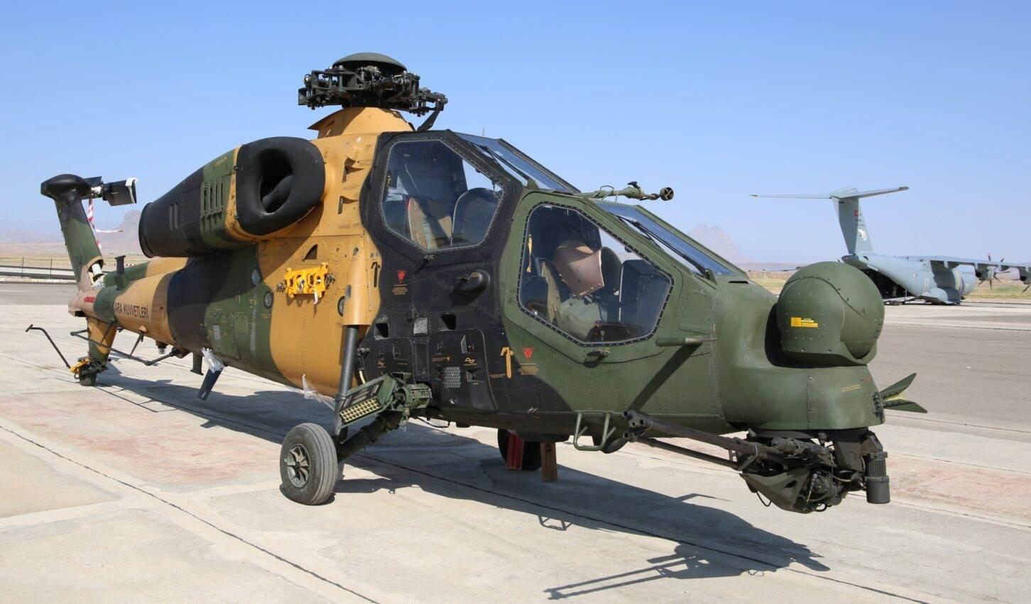 مروحية تي 129 التركية في آربيجان.
