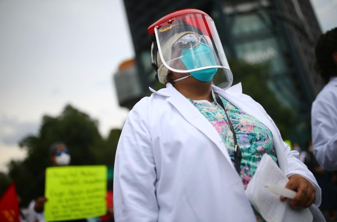 أميركا تسجل أكثر من 55 ألف إصابة يومية بكورونا