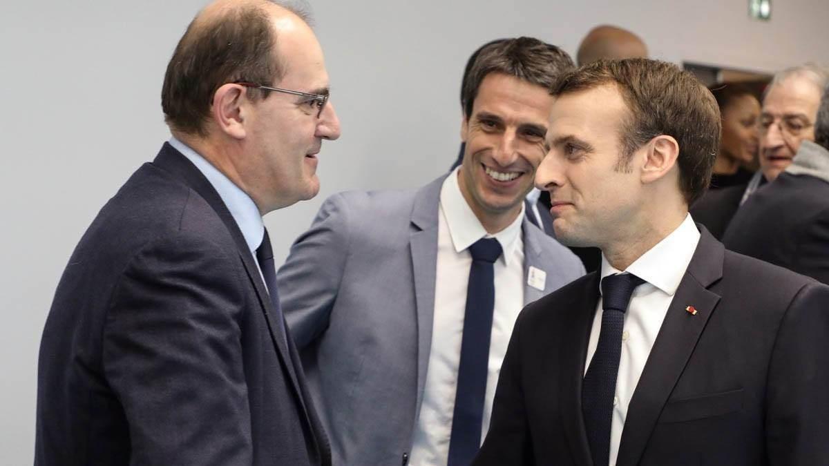 يعيد ماكرون تشكيل الحكومة في وقت تكافح فيه فرنسا أشد ركود اقتصادي