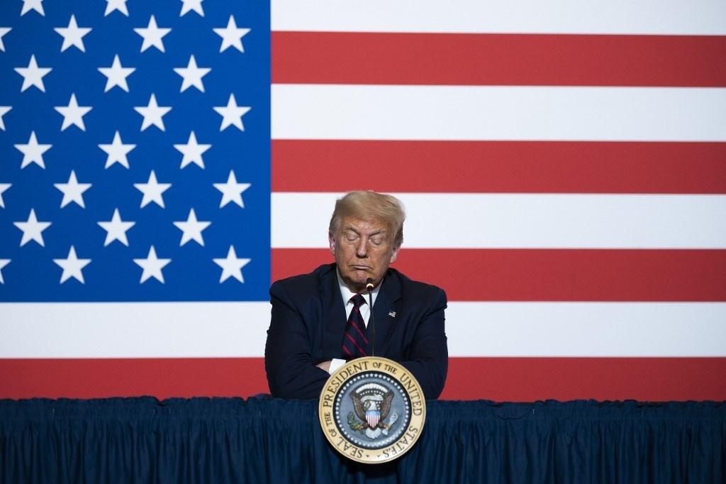 الرئيس الأميركي دونالد ترامب في المقر الوطني للصليب الأحمر الأميركي يوم 30 يوليو 2020 في واشنطن  (أ.ف.ب)