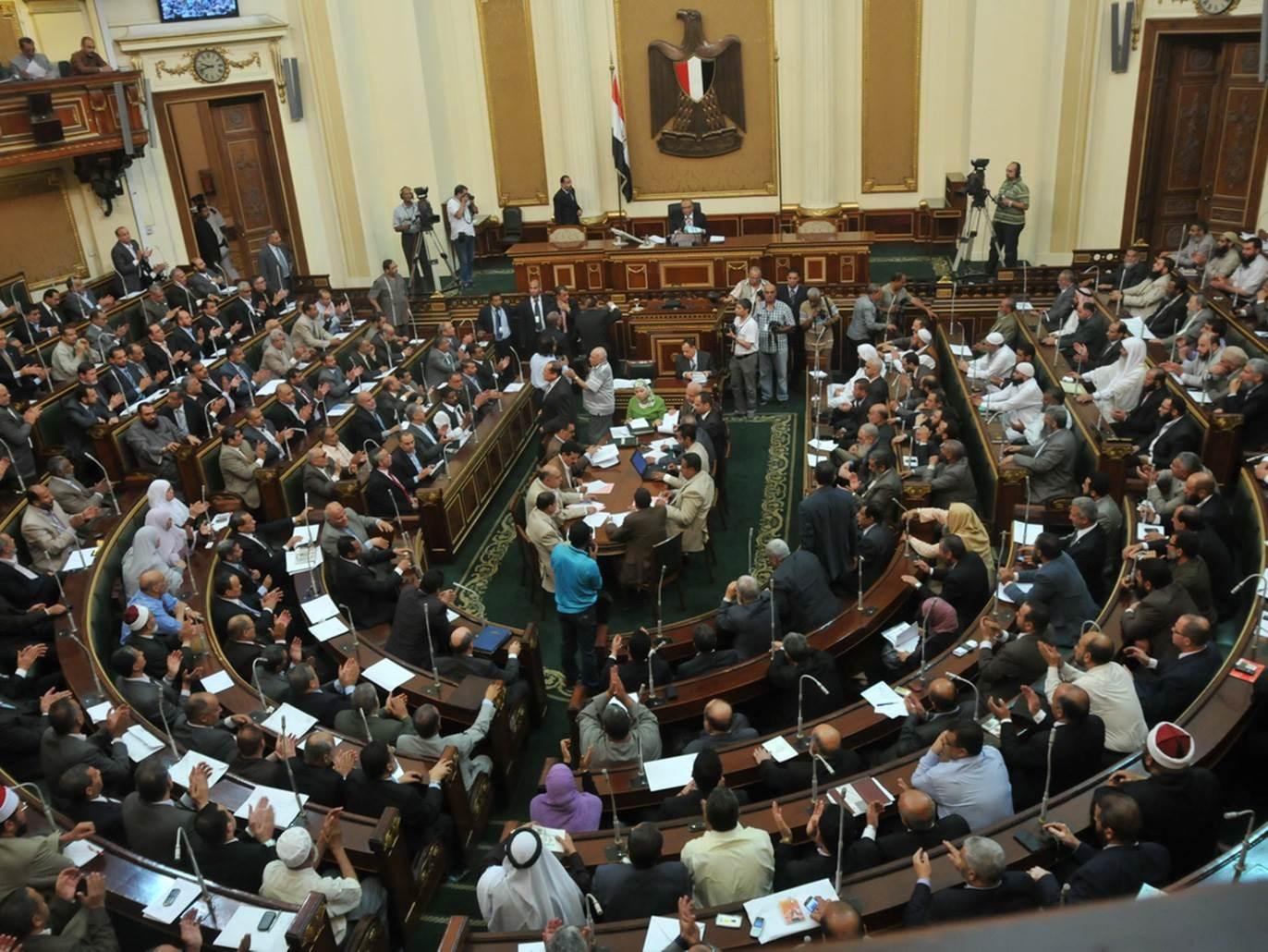 يتم انتخاب ثلثي أعضاء مجلس الشيوخ ويعين الرئيس بقية الأعضاء