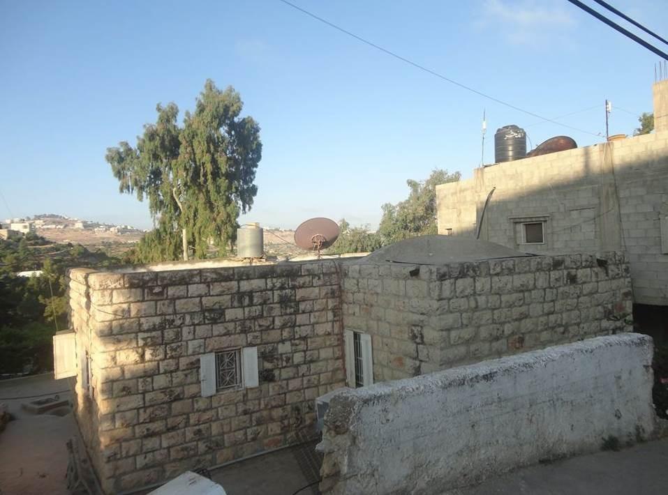 بيوت تراثية تكتنز الكثير من الحنين للأرض