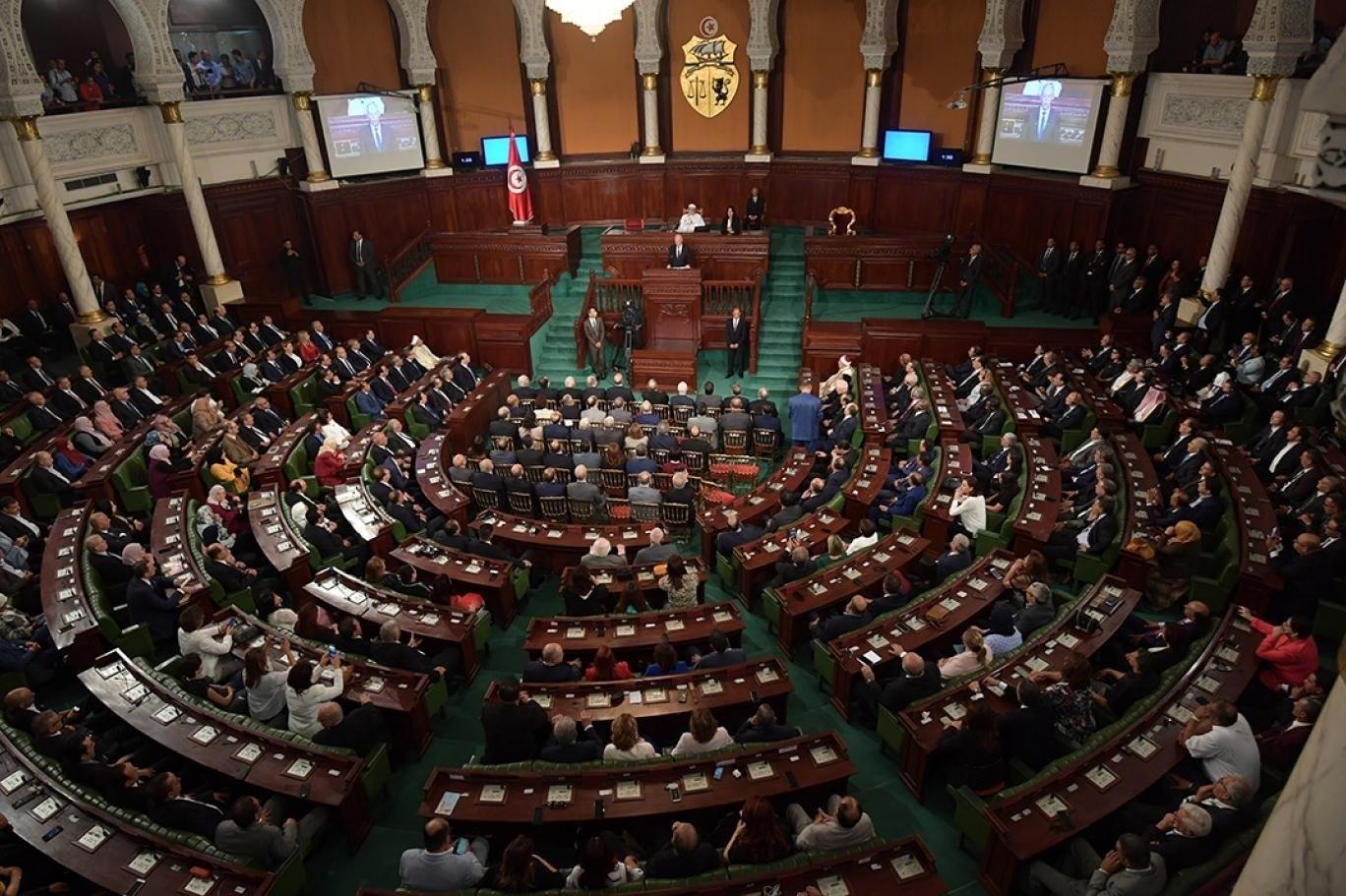 يشكل حزب النهضة حزباً رئيسياً في الائتلاف الحاكم في تونس